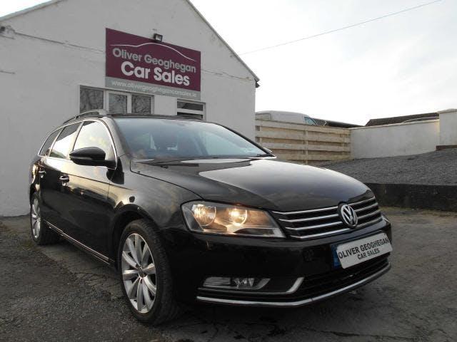 Volkswagen Passat 2013 full