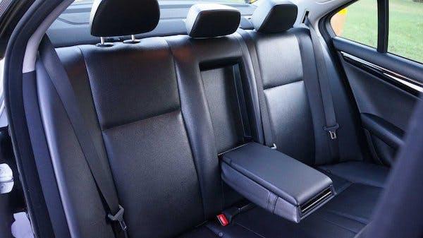 Mercedes-Benz C-Class 2013 full