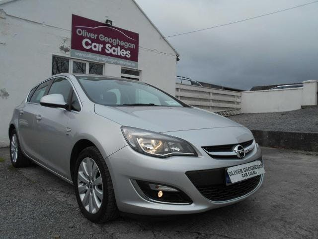 Opel Astra 2014 full