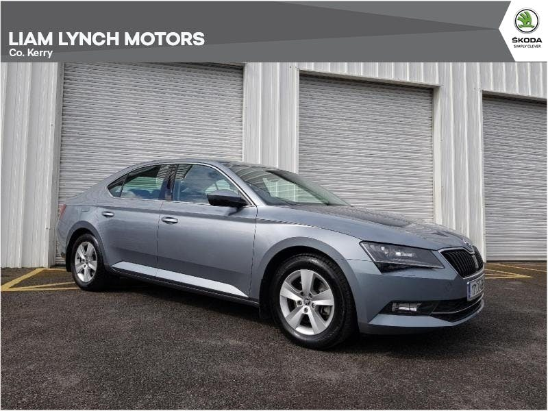 Skoda Superb 2017 full