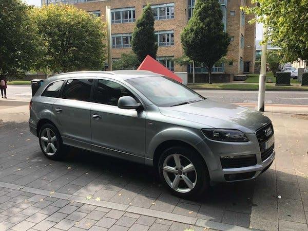 Audi Q7 2007 full